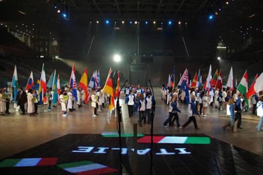Universiadi in Campania nel 2019: arriva il sostegno di Renzi