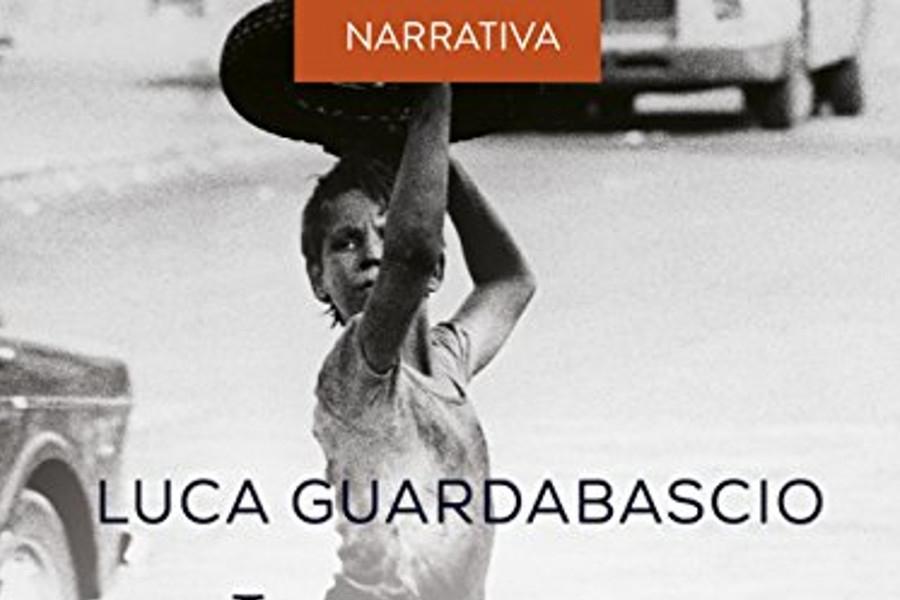 Eboli legge l'ultimo romanzo di Luca Guardabascio