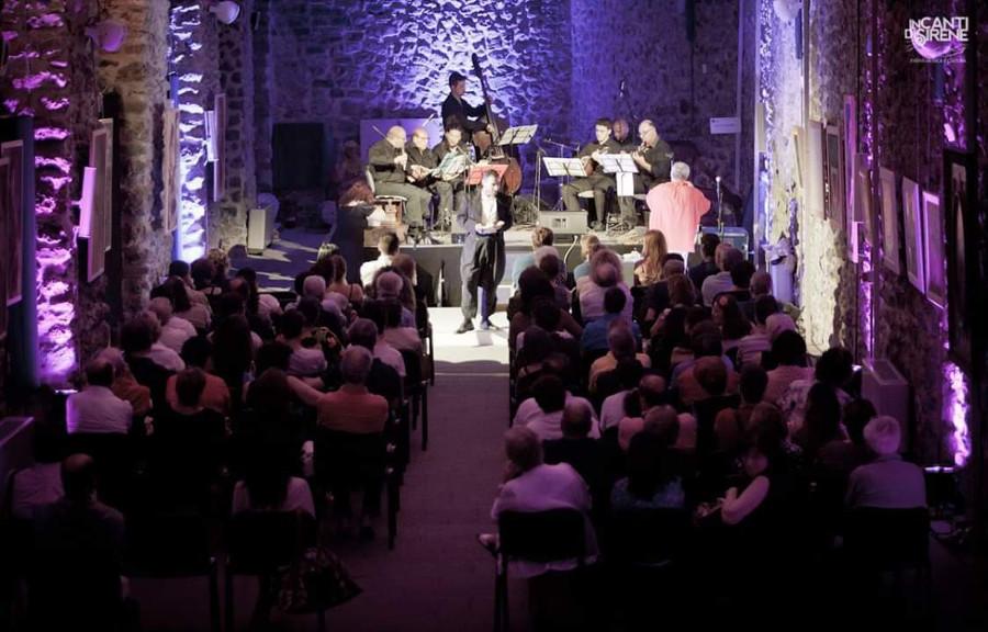 https://www.eolopress.it/index/wp-content/uploads/2018/12/Amalfi_Antico_arsenale_Concerto.jpg