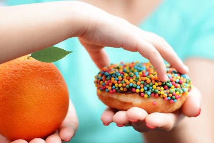 """""""Mangerà abbastanza?"""": ecco cosa dice la scienza sull'alimentazione infantile"""