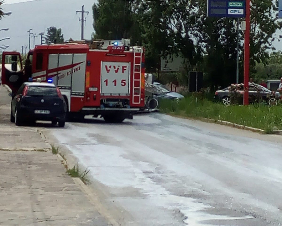 Incidente sulla sp316, si ribalta una cisterna di latte