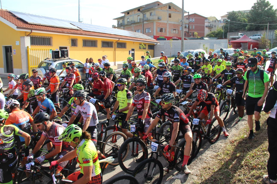 https://www.eolopress.it/index/wp-content/uploads/2019/09/GranfondodelFortore1.jpeg