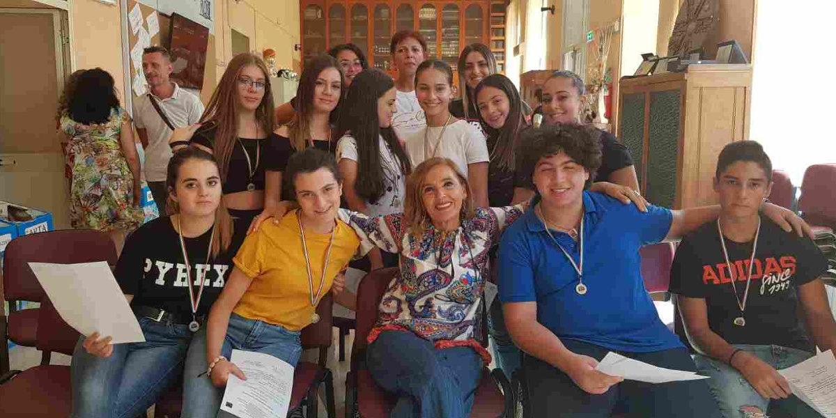 """""""Spelling bee contest"""" e """"dictation contest"""": premiati gli studenti del """"Novelli"""" di Marcianise"""