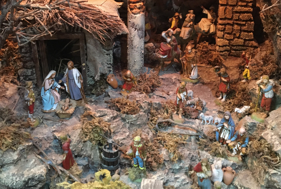 https://www.eolopress.it/index/wp-content/uploads/2019/11/presepe_mastrangelo_eboli4.jpg