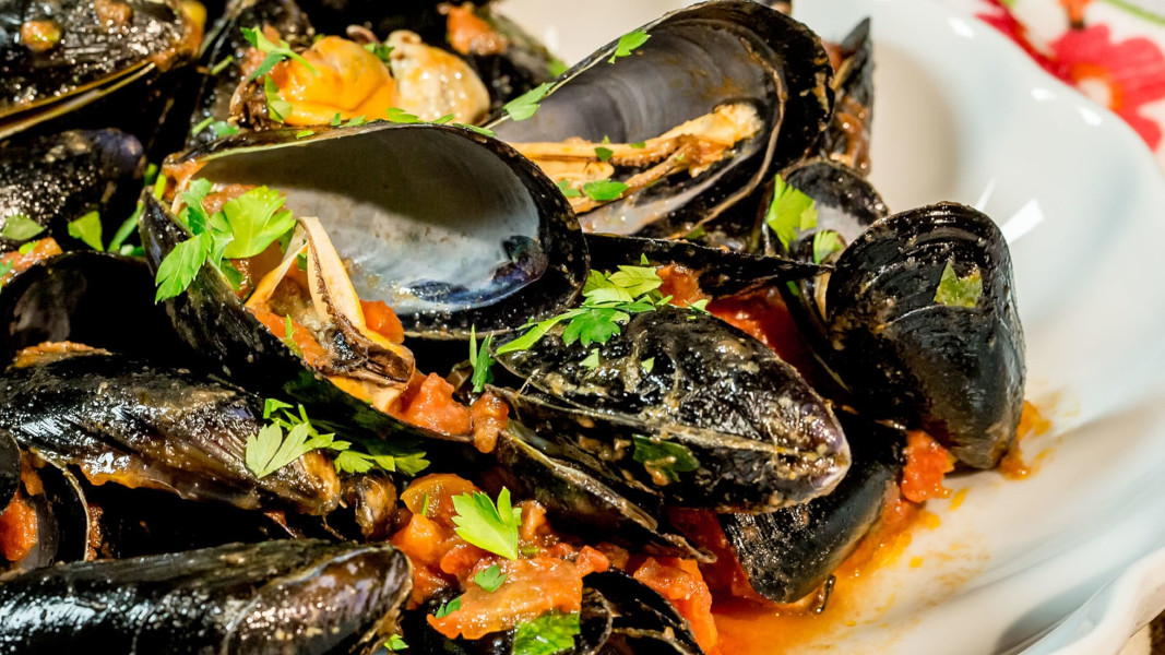 https://www.eolopress.it/index/wp-content/uploads/2020/01/cozze-alla-tarantina.jpg