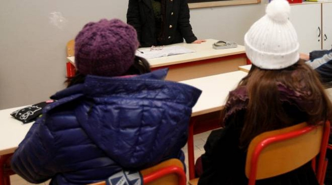 https://www.eolopress.it/index/wp-content/uploads/2020/01/scuole-cappotto-freddo.jpg