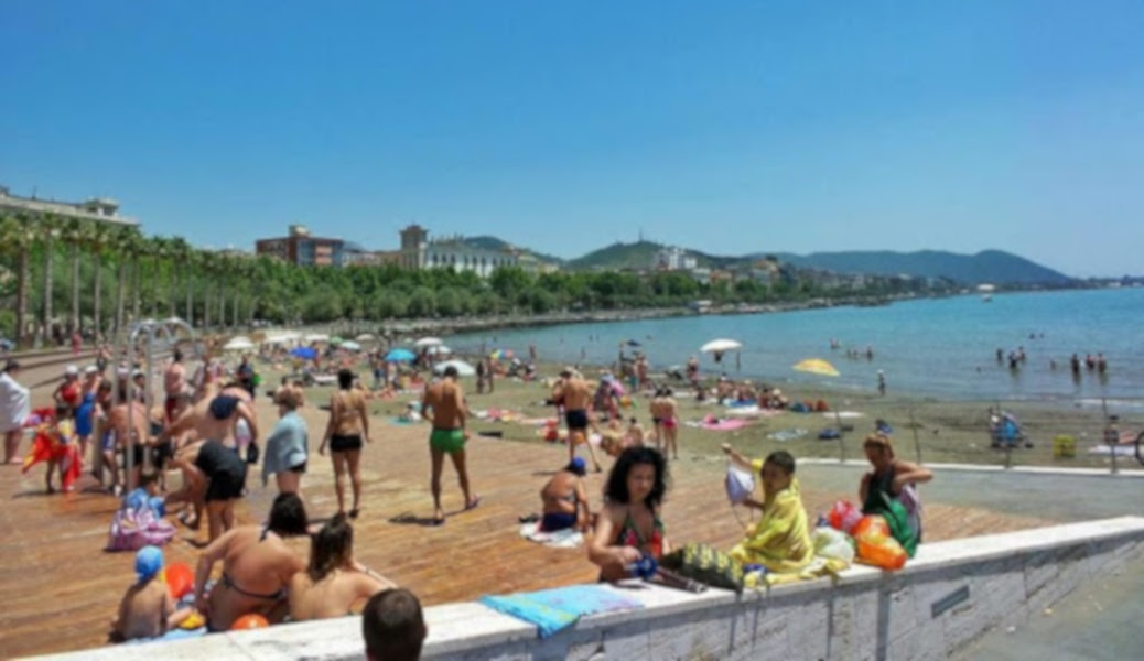 https://www.eolopress.it/index/wp-content/uploads/2020/05/salerno-spiaggia003.jpg