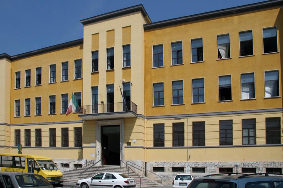 Alunno positivo al covid-19, chiuso l'istituto per sanificazione